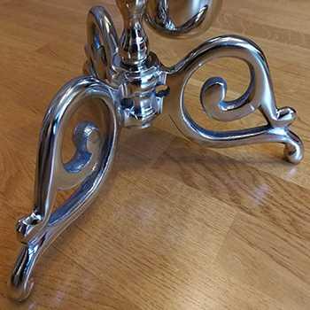 Ekskluzywny stojak na szczotkę wc i papier toaletowy z efektem antycznego srebra