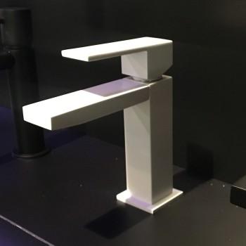 Bateria umywalkowa biała i czarna MAIER Ikon - dobra i stylowa armatura